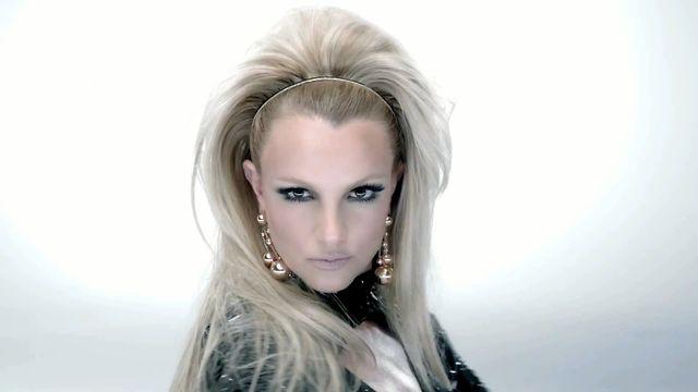 Britney Spears favoritförfattare hatar homosexuella
