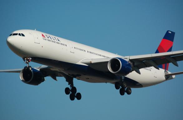 Flygbolag ber om ursäkt för homofobiska flygbiljetter