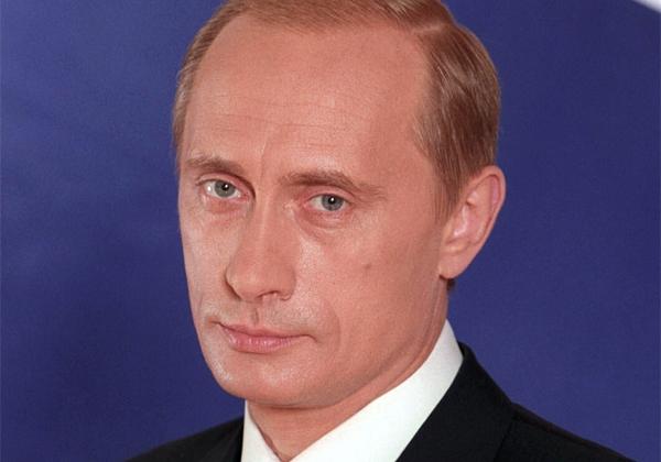 """Putin: """"Gaypersoner välkomna men håller borta från barnen"""""""