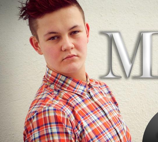 Lär känna gaybloggaren Martin Musikal!