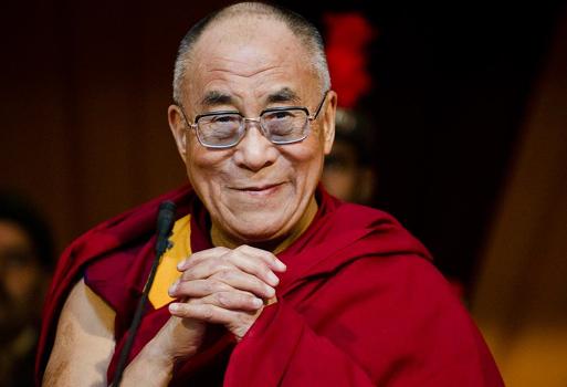 """Dalai Lama: """"Gayäktenskap är okej"""""""