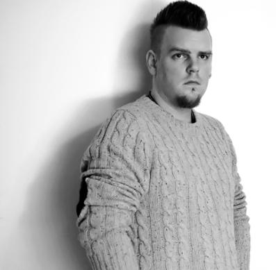 """Gaybloggaren James Terrasomni: """"Tog ett djupt andetag och skrek"""""""