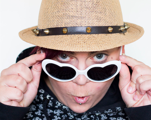 Gaybladet träffar bloggerskan bakom Autaini.com