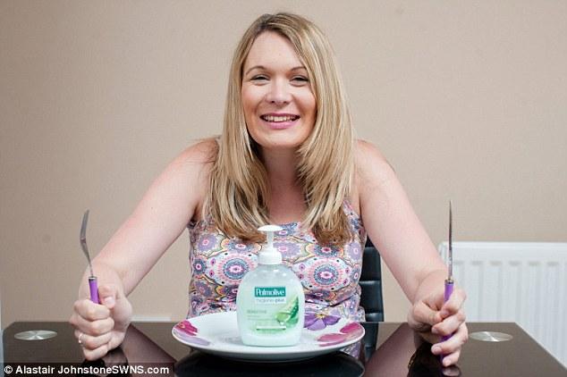 Gravid och beroende – tvingas äta diskmedel