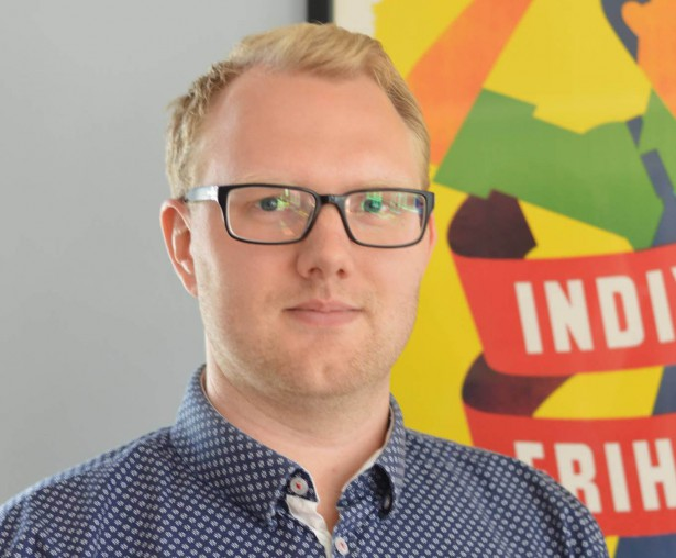 Christoffer Jönsson kritisk till extremvänsterns roll i Stockholm Pride