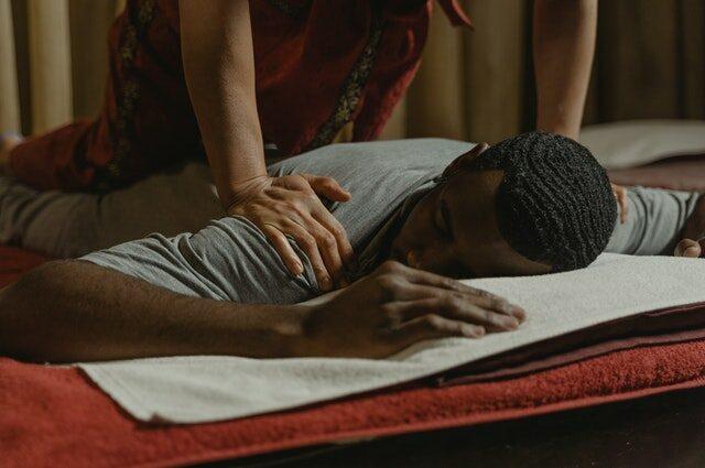 Massageregler för män – 8 saker du absolut måste tänka på
